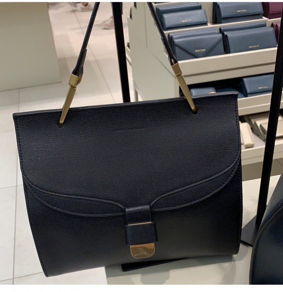 fff94f4d01a2 Кожаная сумка Firenze medium 22*27 см цвет черный, кожа сафьяно, с длинным  плечевым ремнем ...